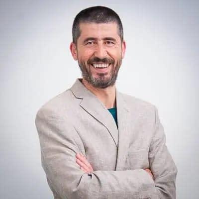 CONSULTOR SEO | ANALÍTICA WEB | CONVERSIÓN | GOOGLE ADS | DESARROLLO WEB · Rene Rodriguez